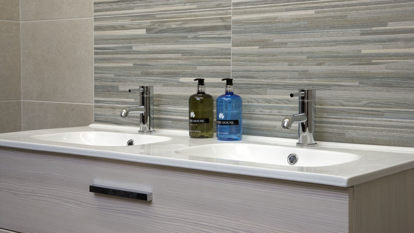 Alternative Tiles - Specialist Suppliers of Wall and Floor ...